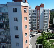 Apartament cu două odăi într-un complex de blocuri de la Glorinal.