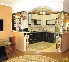 2-эт. отличный котельцовый дом, Скулянка, ул. Друмул кручий, 250м2