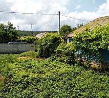 Продается ровный участок 5 соток под строительство дома недалеко от це