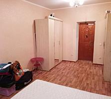 Продаются две комнаты в общежитии с ремонтом.