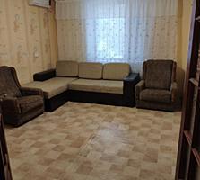 Продается 2 комнатная квартира 1 этаж. Юбилейная 59.