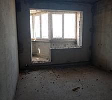 Продается трёхкомнатная квартира в новострое, с автономным отоплением!!