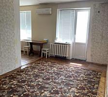 3-комн квартира, Балка, м-н Космо, 4/4, с ремонтом и мебелью.
