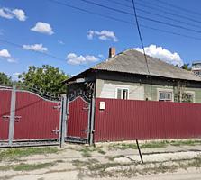 Продается дом 3 комнаты недалеко от центра 65 кв. м. имеется городской