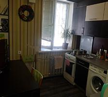 Spre vinzare apartament cu 2 odai amplasat în sectorul Botanica. ...
