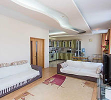 Se vinde apartament cu 3 camere in sectorul Botanica. Bloc locativ ...