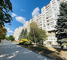 Prima linie! Sec. Riscani, bd. Moscova. Apartament cu 4 odai, 72mp!!!