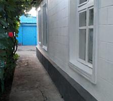 Дом благоустроенный пос. Красный Слободзейского р-на. 13 соток