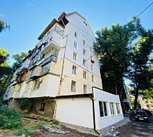 Sec. Riscani, str. A. Doga! Apartament cu 2 odai. Mobilat!!!