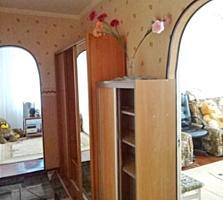 """Срочно! 2-комнатная с ремонтом и мебелью, р-н """"Шерифа"""""""