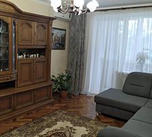 Продаётся 4-комнатная квартира на Солнечном