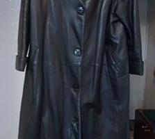 Продаю пальто зимнее и плащ кожаный