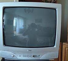Продам телевизор LG б/у, в отличном состоянии