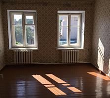 Срочно! продам 2-х к. квартиру 50 кв. м. комнаты раздельные, 2 эт. центр