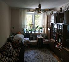 Apartament 2 odai in sectorul Riscani