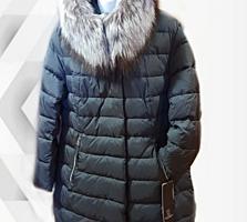 Черное пальто с натуральным мехом