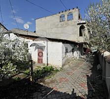 Se oferă spre vânzare casă cu 2 nivevele în sect. Buiucani. ...