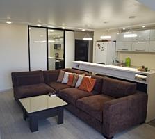 Продается 3-комнатная квартира 75.2 кв. м с панорамными окнами