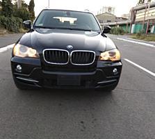 BMW X5 2010 года выпуска бензин