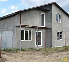 1,5-эт. новый дом, 160 м2 на 4 сотках, с. Чореску, 300 м от трассы