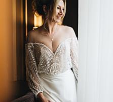 Продам элегантное свадебное платье раз М можно и Л регулируется корсет