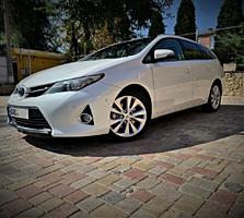 Toyota Auris 1,8 Hybrid