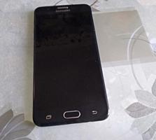 Продам Samsung galaxy j7 prime