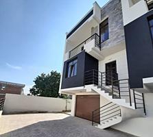 Vă propunem spre vânzare o casă in 3 nivele, de tip Duplex, amplasata