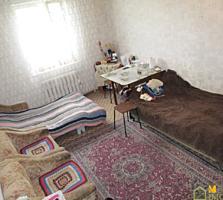 1 комн. кв., 31 м2, 4 эт. 5-и эт. дома, центральная траса г. Яловены