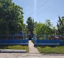 Продаётся дом в г. Фалешты!!! Торг приветствуется.