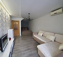 Супер квартира с евроремонтом, мебелью и техникой в центре города!