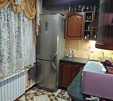 Продам 3-х комнатную с ремонтом, мебелью и техникой, 2/5,36000 евро.