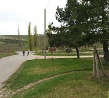 6+3 соток под стро-ство сел. Тохатин, 2км. от Кишинева, 60м от трассы