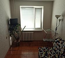 Apartament cu două odăi! Locație bună!