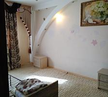 Продается 2-комнатная квартира с евроремонтом на Балке 1/5