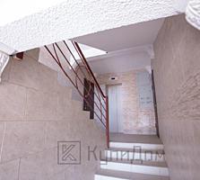 3- комнатная квартира в сером варианте.