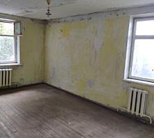 Продаётся 1-комнатная квартира по улице Строителей