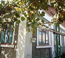 Дом каменный с гаражом и большим участком на Кировском.
