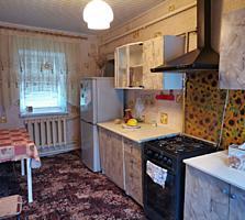 Чобручи Дом в центре 3 комнаты, отличный жилой!