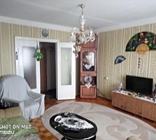 Продается 2-комнатная квартира. Западный. 143 серия, с мебелью