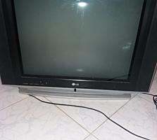 Срочно 2 телевизора LG, рабочие, 55 по диагонали, по 300 леев