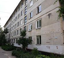 Apartament cu o odaie seria - Brejnev, balcon din odaie!