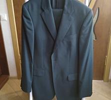 Мужской костюм-фактически новый - р. 56 -черно-серый-300=рублей