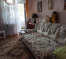 Продаётся 2-комн квартира. М-н Октябрьский.