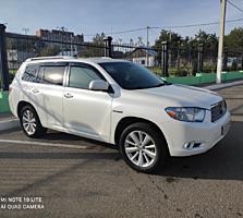 Продам Toyota Highlander hybrid limited