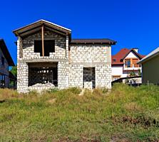 Se vinde casă, com Cruzești, 120 mp, 5,5 ari. Casa este ...