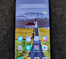 Продам смартфон Сяоми Redmi Note 5 4/64GB.