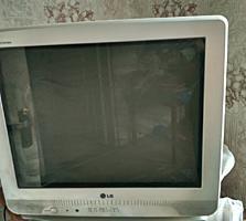 Продам два телевизора LG.