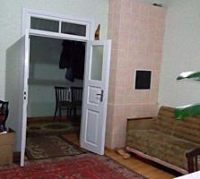 Cvartal Imobil va prezinta apartament la sol in sectorul Centru! ...