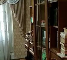 Продам 3 ком 2/5 за домом книги, общая 65 в середине дома 24000$